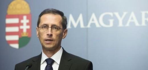 Varga Mihály: 30 milliárd forint bevételt hozhat az online pénztárgéphasználat kiterjesztése